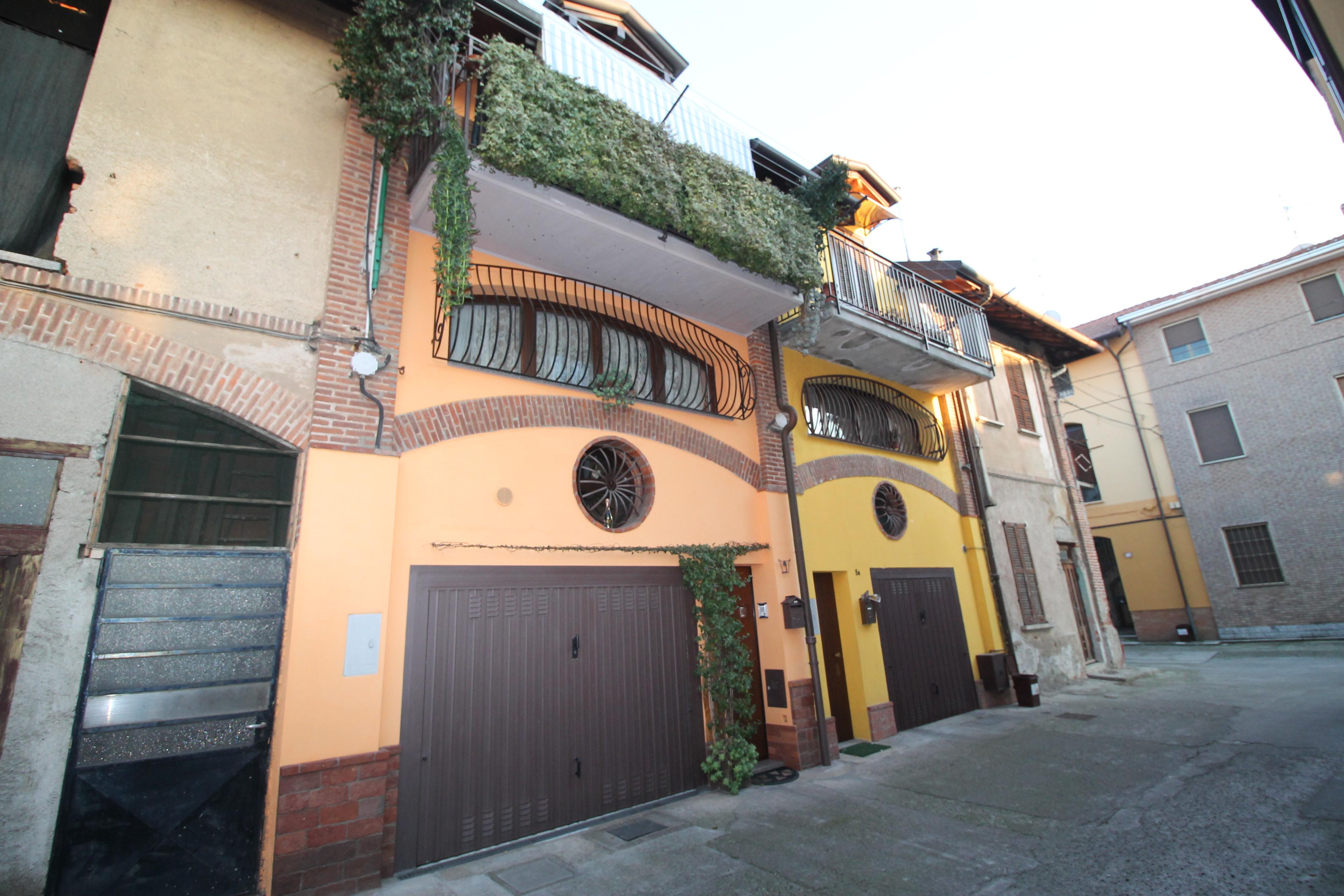 Solaro (MI) Casa Indipendente 4 Locali